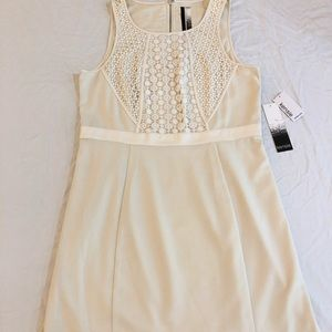 Kensie creme dress. Size L